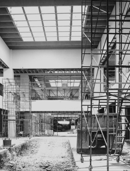 Construction of the Lord & Taylor wing      west side of NorthPark Center, 1973