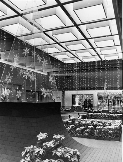 Holiday Decor      Neiman Marcus Court, 1970